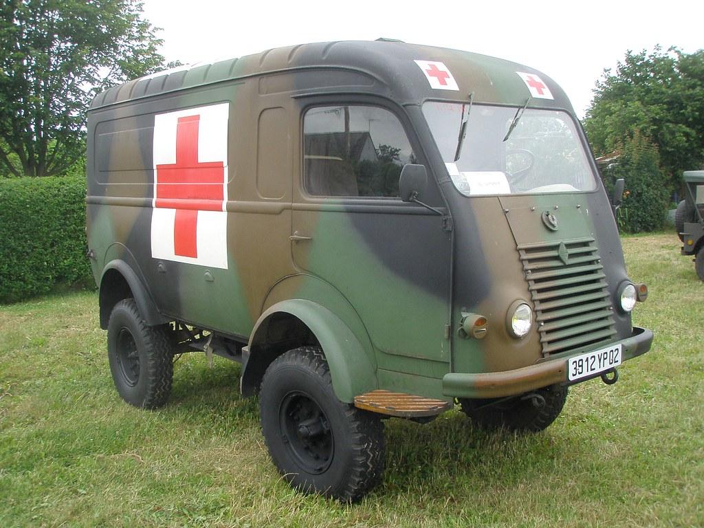 renault 1000 kg 4x4 ambulance militaire quivi res 80 2 flickr. Black Bedroom Furniture Sets. Home Design Ideas