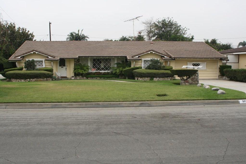 Downey california egen builders custom home designs for Custom home designs california