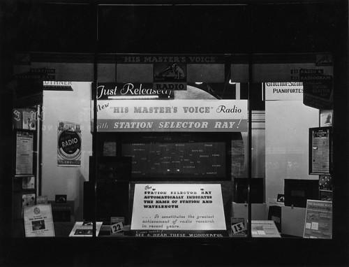 hmv 363 Oxford Street, London - Station Selector Ray - Radio Display 1920s or 30s