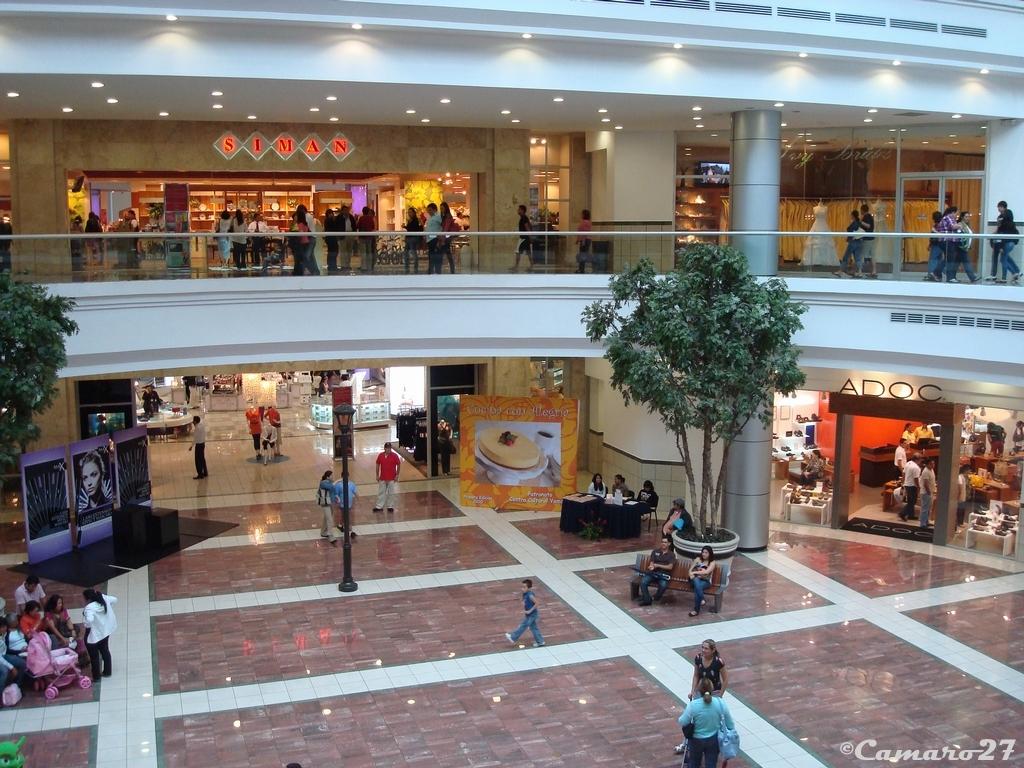 Lifestyle center la gran via almacenes siman centro comerc flickr - Almacenes san carlos ...