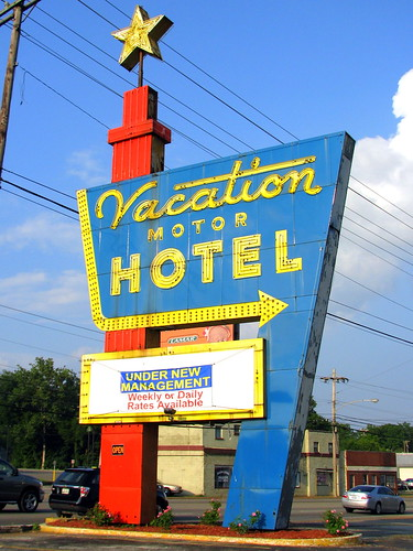 Vacation Motel Sign It Looks Suspiciously Like An Old