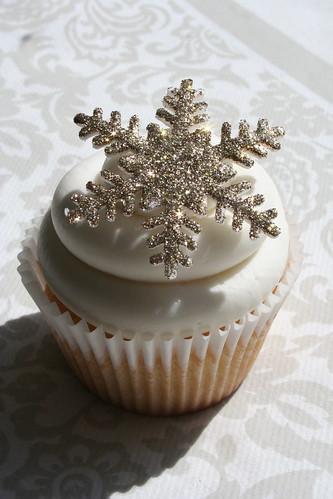 Edible Christmas Cake Decorations Uk