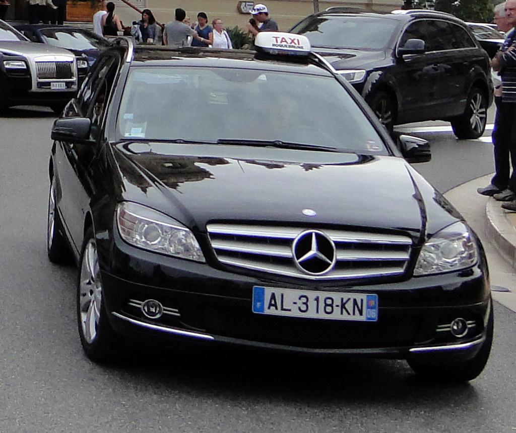 Taxi In Monaco S Klasse Bezeichnet Die Oberklasse Der