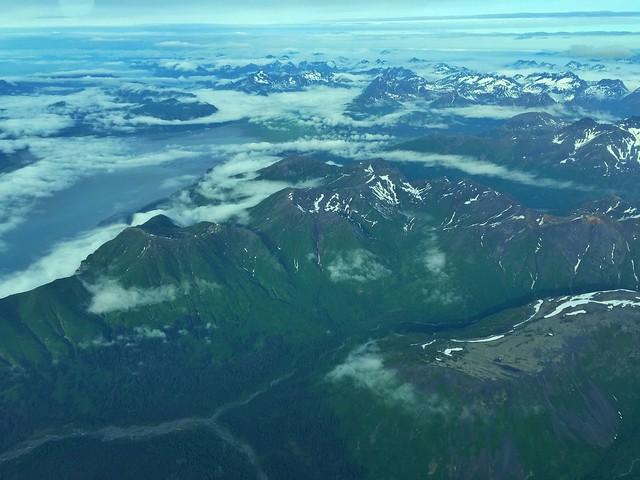 Llegando al Parque Nacional de Lake Clark en avioneta desde Homer (Alaska)