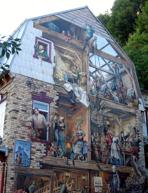 Pretty mural rue street du petit champlain old quebec for Mural quebec city