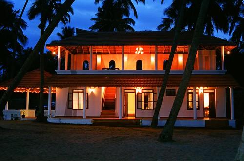 Marari Beach Resort Alleppey Tariff