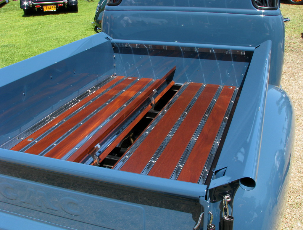 Awesome Custom Truck Bed Inside The 1950 Gmc Pickup Flickr