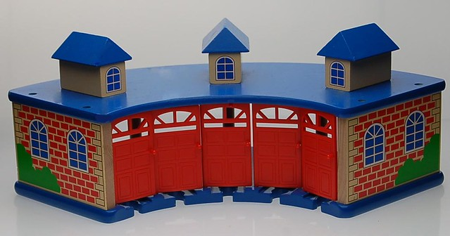 Thomas The Tank Engine Roundhouse Pictures 8