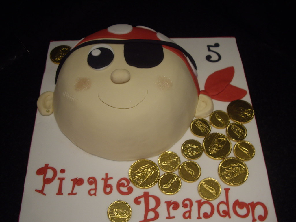 Pirate Face Cake This One Is A Toblerone Mud Cake It Was Flickr