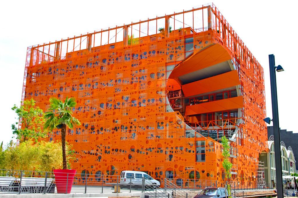 lyon confluence le cube orange 11 architectes jakob macf flickr. Black Bedroom Furniture Sets. Home Design Ideas