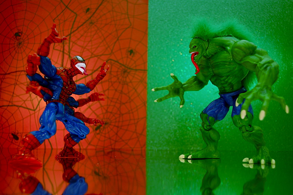 Spiderman And Hulk Cake