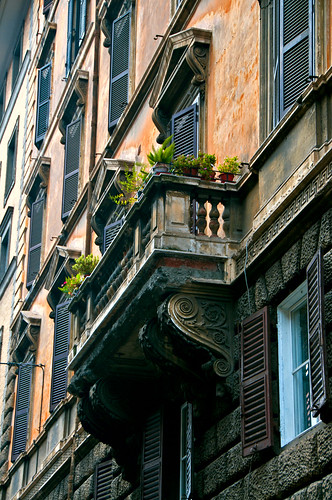 Balcony in Rome | by LimeWave Photo