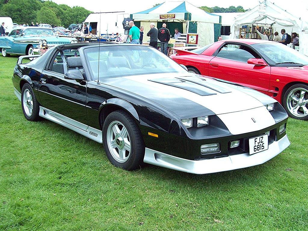 38 Chevrolet Camero Z28 1990 Chevrolet Camero Z28