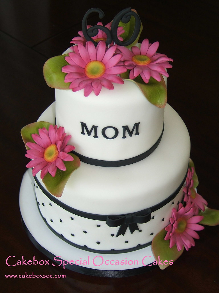 Cake Design For Moms : Mom s Daisy Cake Think this is my new favorite cake ...