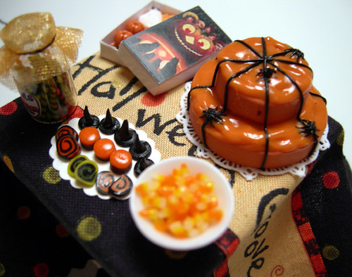 MIniature Halloween party table | by -miniacquoline-