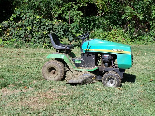 16 Mtd Tractor : Mtd statesman riding mower mark flickr