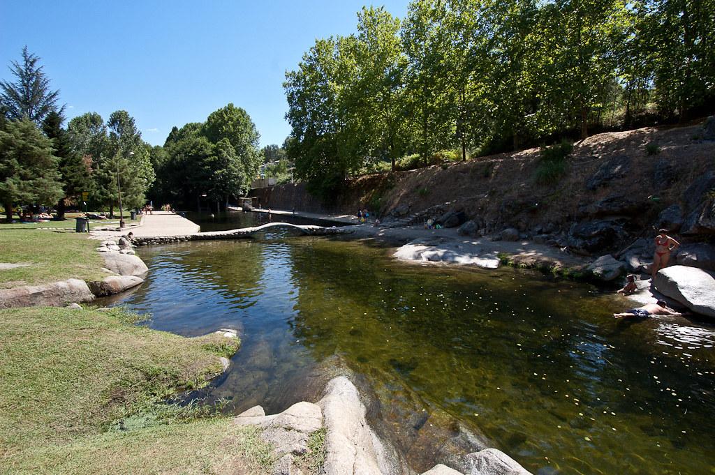 Piscinas naturales de arenas de san pedro piscinas for Albercas naturales