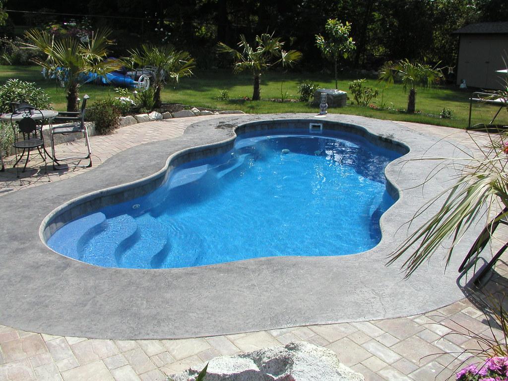 Viking pools laguna this is a laguna model viking pool for Viking pools