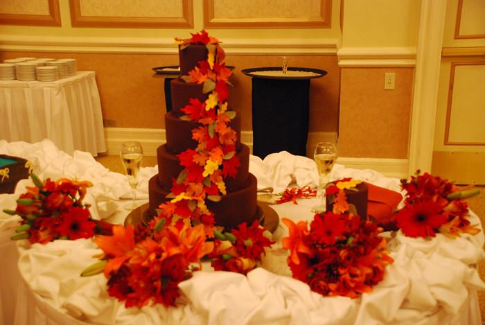 Ganache 5 Tier Fall Leaves Wedding Cake