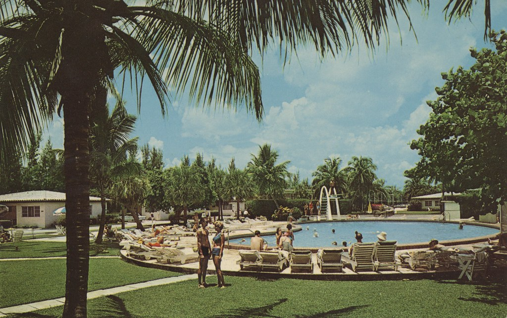 Golden Gate Hotel, Motel, Cottages & Apartments - Miami Beach, Florida