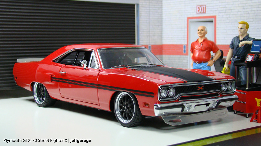 Plymouth Gtx 70 Street Fighter X Diecast 1 18 Scale By