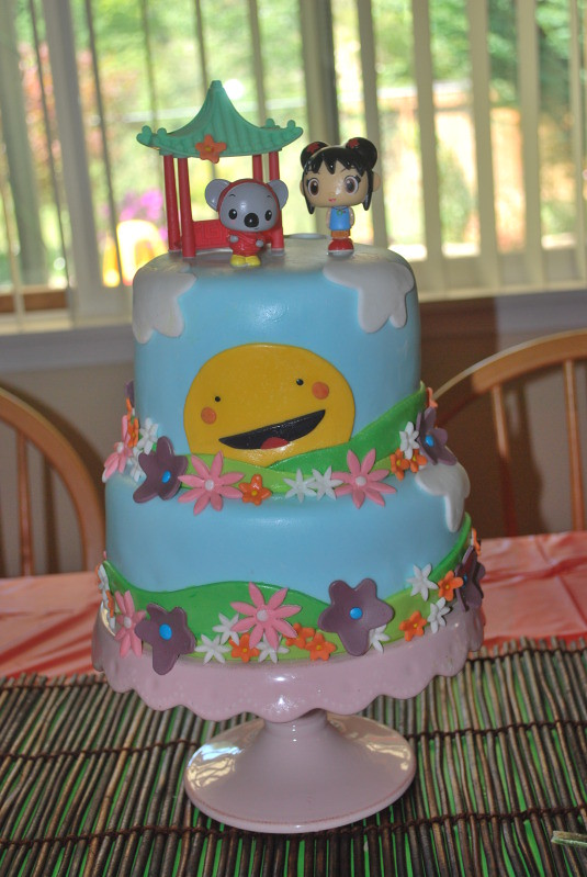 Ni Hao Kai Lan Birthday Party Vanilla Cake With Cream Che Flickr