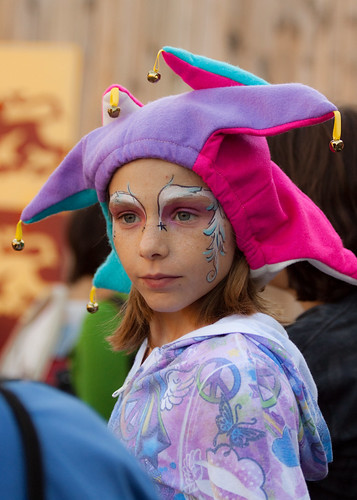 Cute girl - Maryland Renaissance Festival 2010 | by theqspeaks