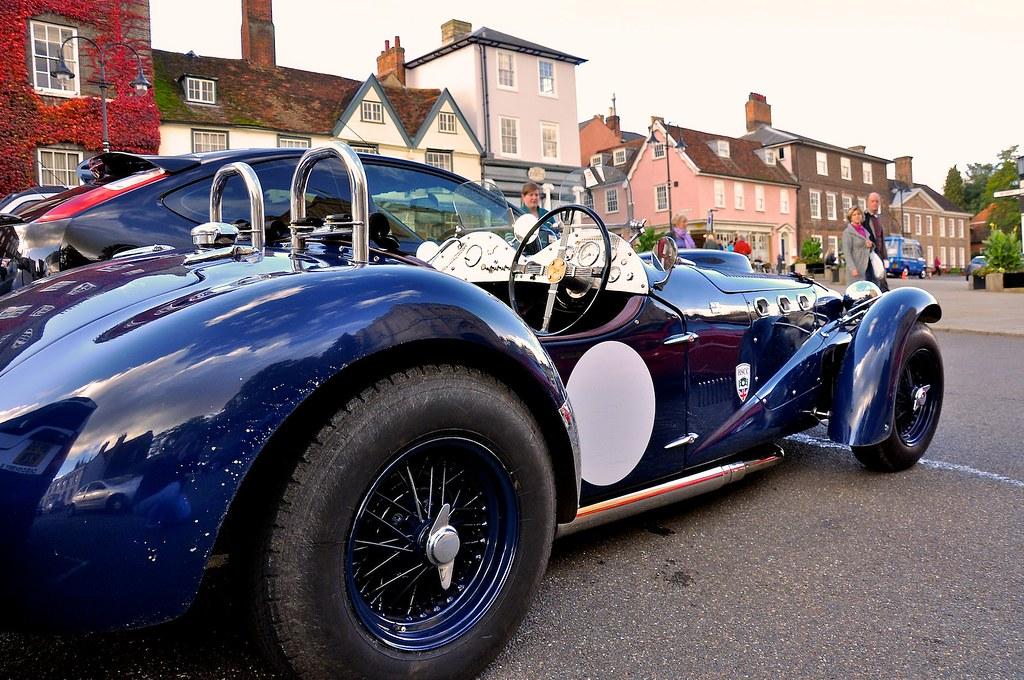 Edmunds Classic Car Blue Book
