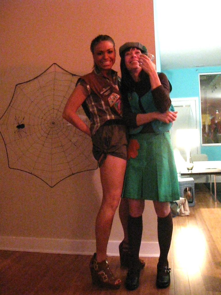 Girls scouts little kim 39 s house party daniel rangel flickr - The scouts tiny house ...