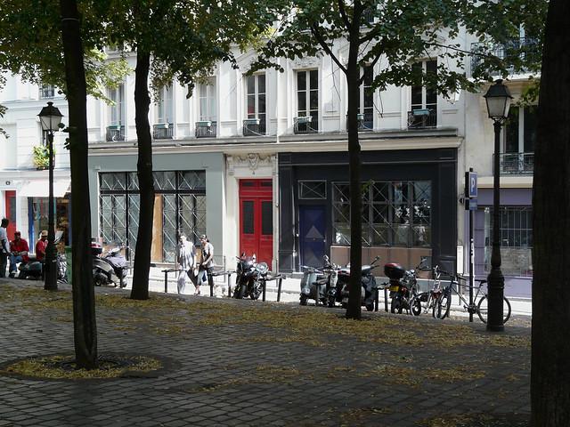 place charles dullin montmartre paris flickr photo sharing. Black Bedroom Furniture Sets. Home Design Ideas