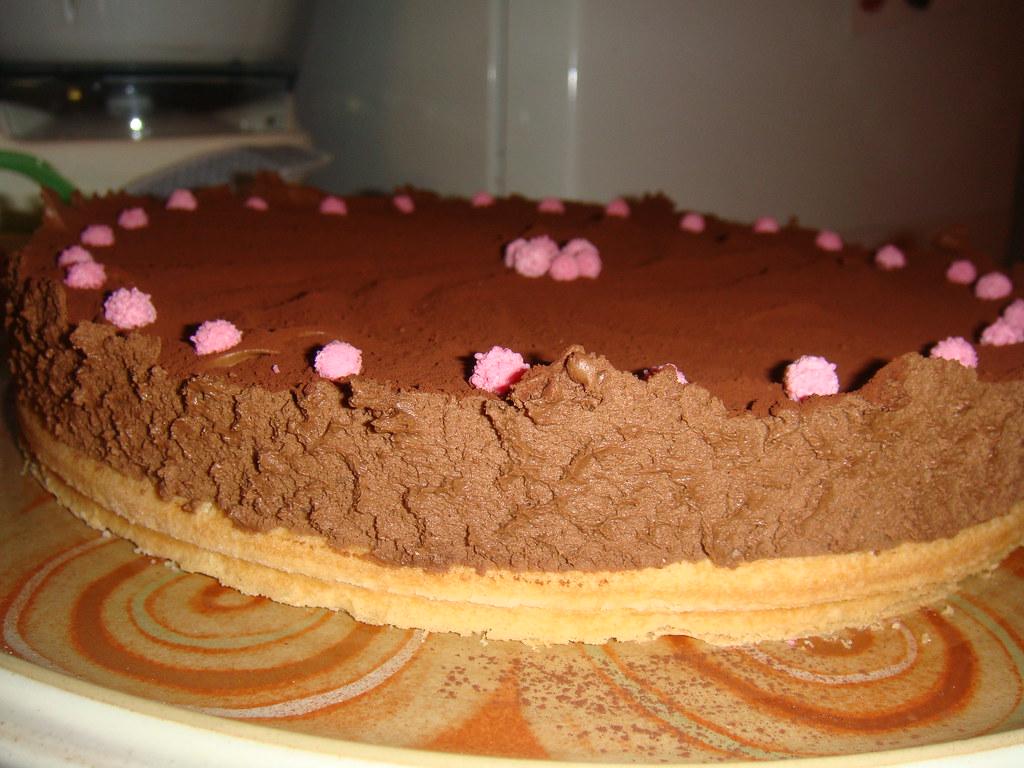 Mousse al cioccolato su base di pan di spagna valeria - Glassa a specchio su pan di spagna ...