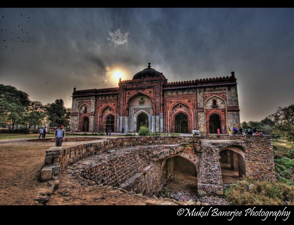 Qila I Kuhna Mosque Purana Qila New Delhi The Single