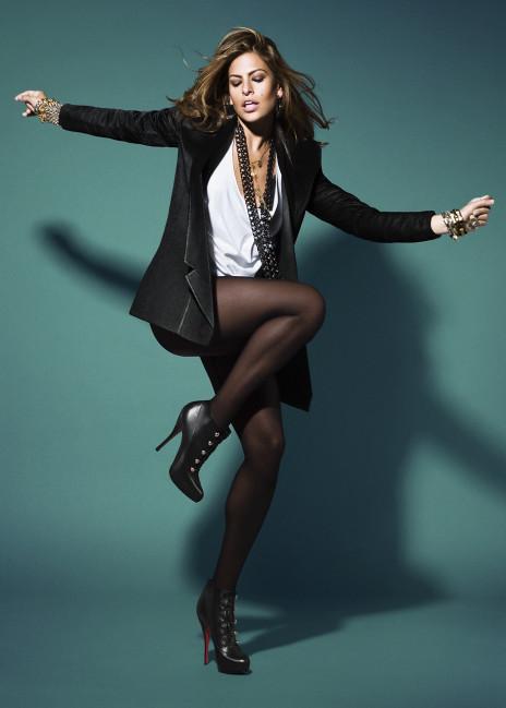 Willa black in tights