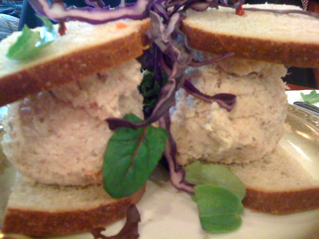 Whitefish salad sandwich nyc smoked whitefish salad for White fish salad