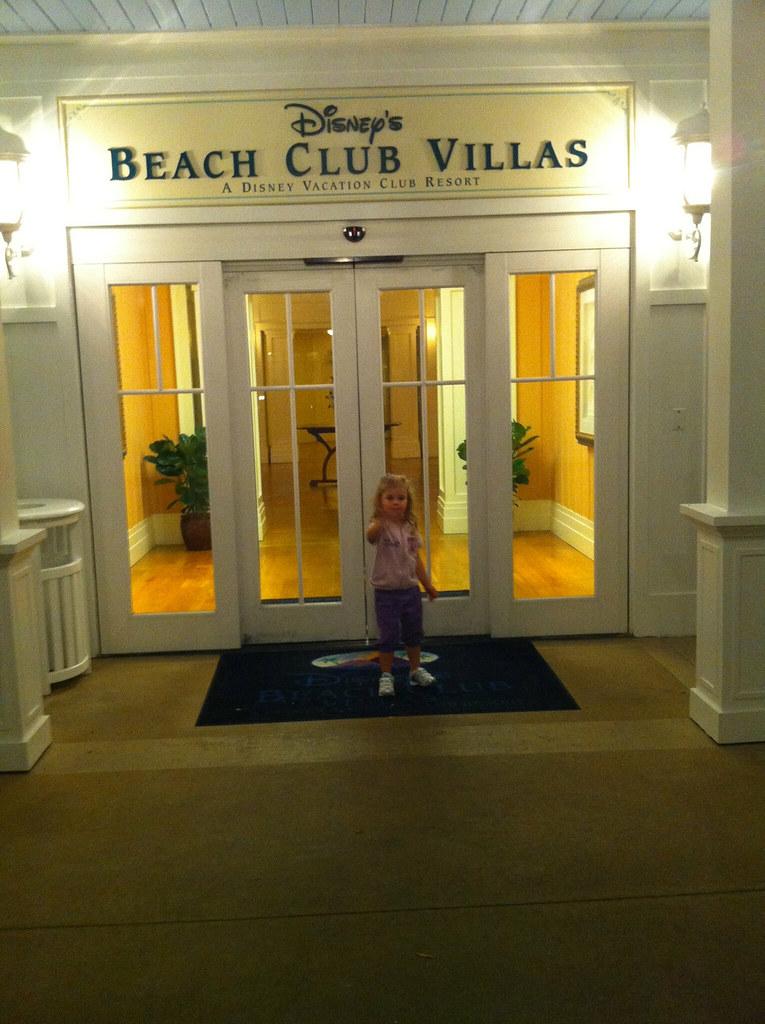 Ervika Beach Club