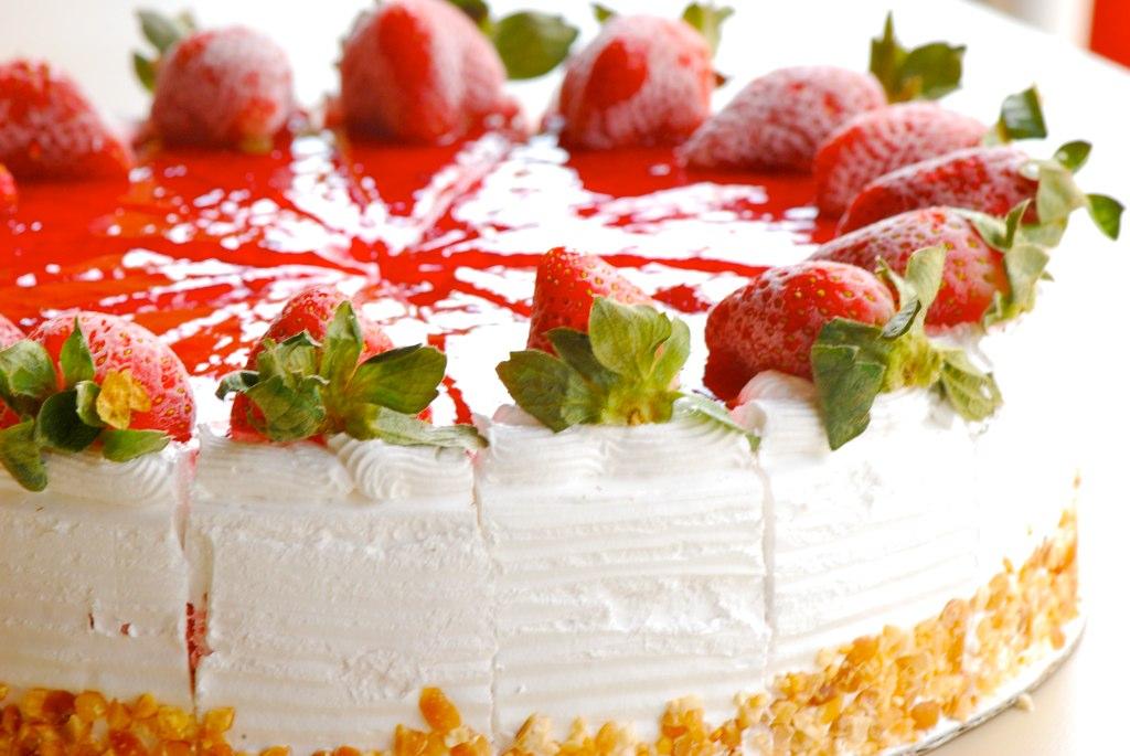 Strawberry Ice Cream Cake At Dessert Corner Delightful Flickr