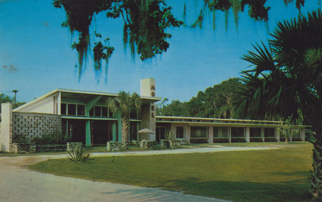 Crystal Lodge Motel - Crystal River, Florida