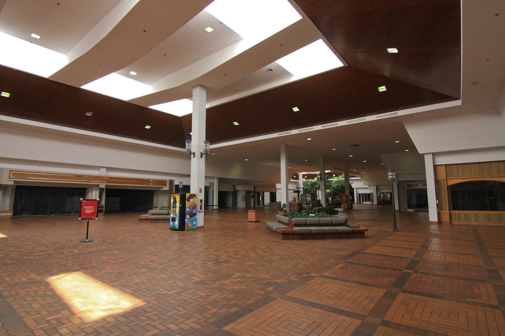 Mall jobs available in Westland, MI on rabbetedh.ga Apply to Seasonal Associate, Sales Associate, Housekeeper and more!