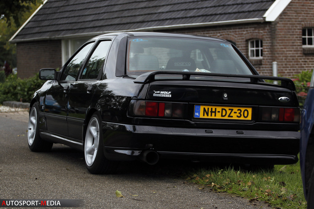 ford sierra cosworth ford sierra cosworth at the hellendoo flickr. Black Bedroom Furniture Sets. Home Design Ideas