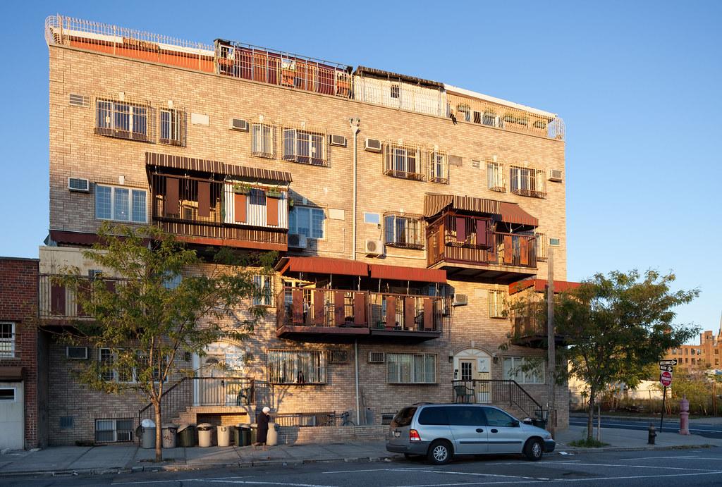 Hasidic apartment building in williamsburg brooklyn flickr - 1 bedroom apartments williamsburg brooklyn ...