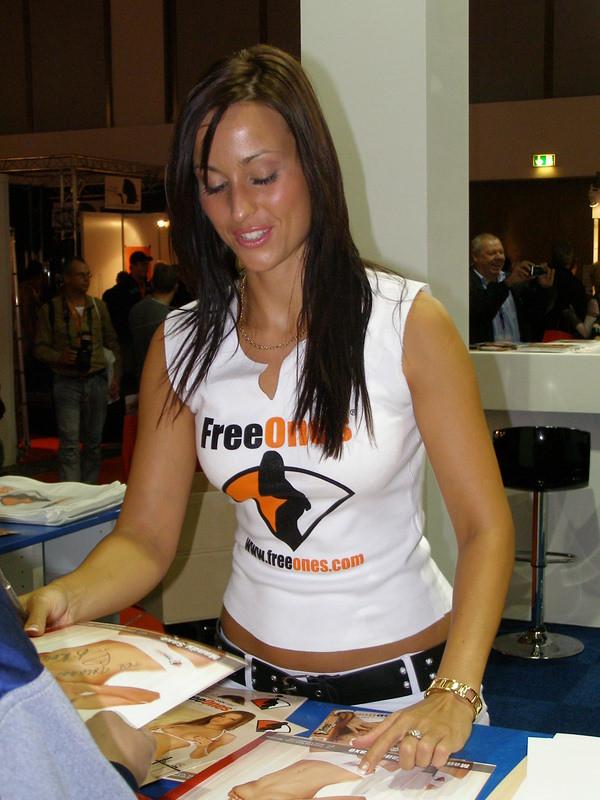 Mandy Saxo naked 840