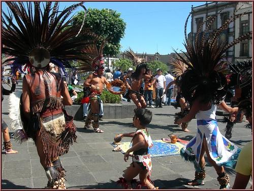 Danzantes Aztecas - an album on Flickr