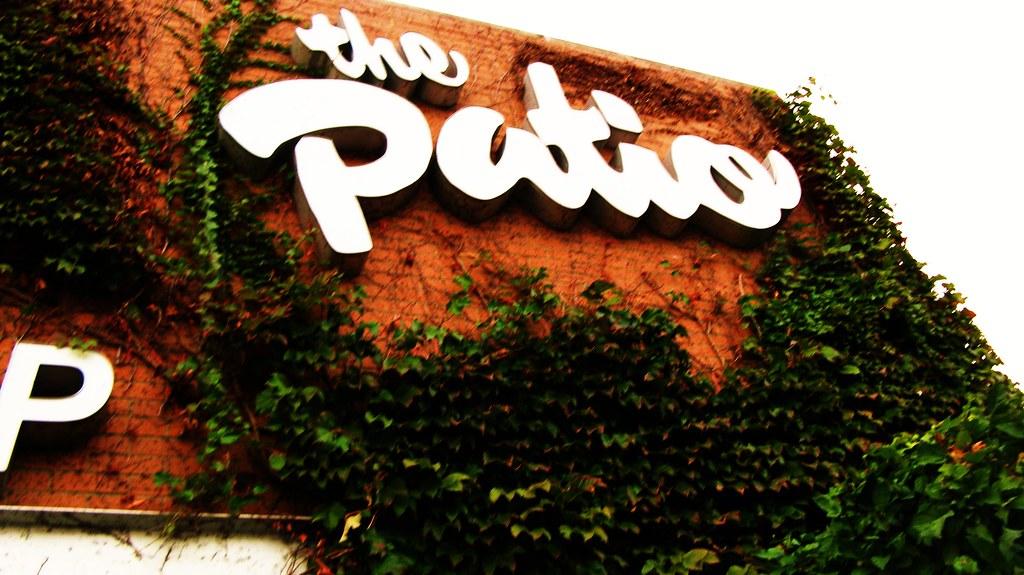 The Patio Restarant, Bridgeview Illinois. Sunday Evening, October 10th,  2010. |