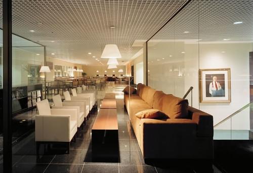 En la sala de espera - 2 8