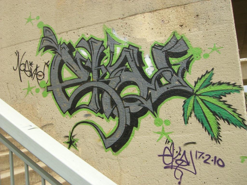 Eka Graffiti Marijuanna Leaf  By Stonedwookie