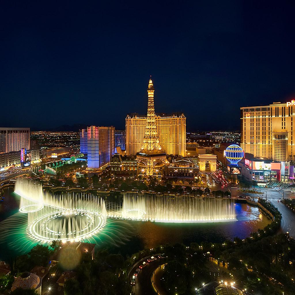 Bellagio O Show >> Las Vegas Bellagio Fountains | Last week we took a trip to ...