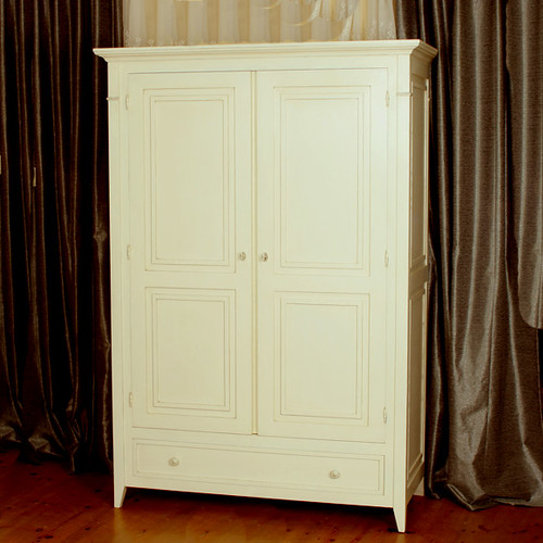 Armoire | by jdetonge