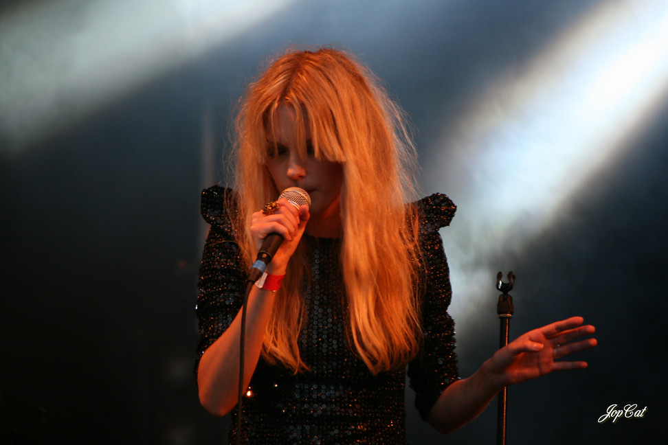 of asteroid galaxy tour mette - photo #44