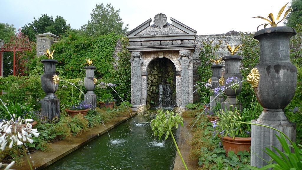 Habitation manoir mckinnon for Le jardin voyageur peter brown