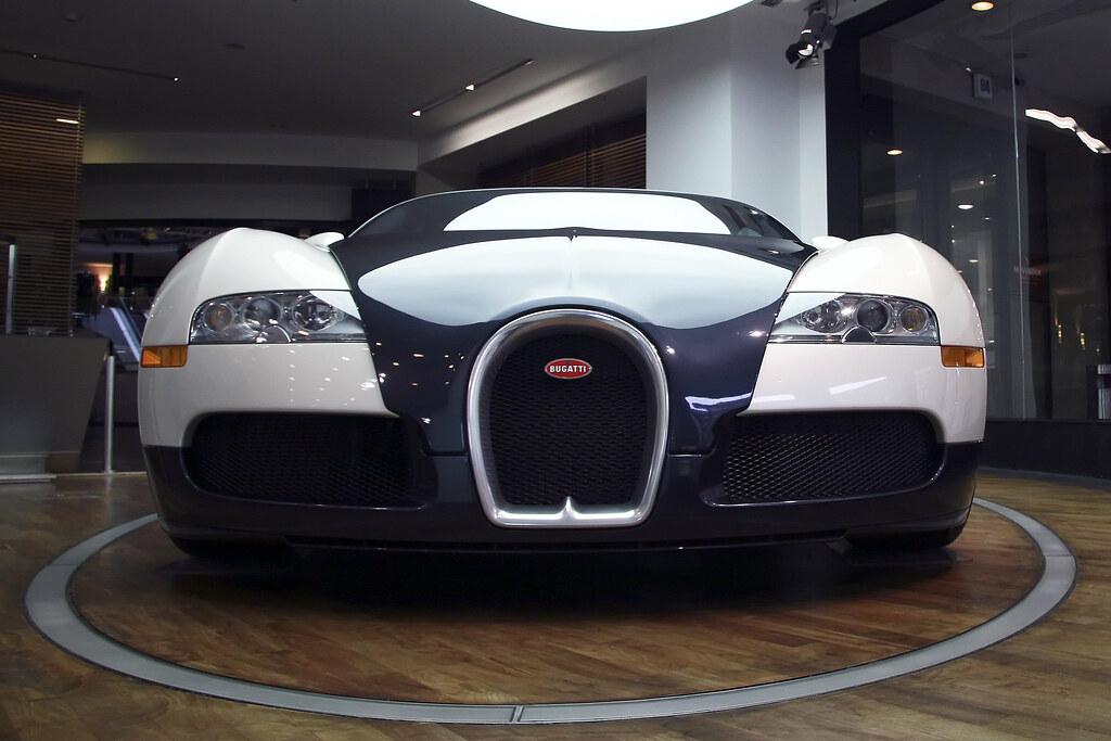 bugatti veyron 16 4 bugatti veyron 16 4 top speed flickr. Black Bedroom Furniture Sets. Home Design Ideas